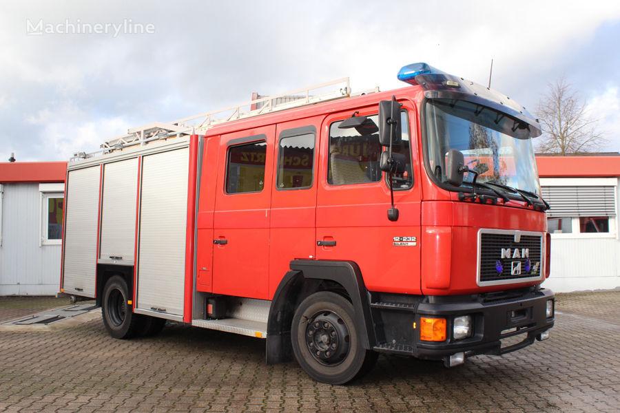 MAN 12.232 fire truck